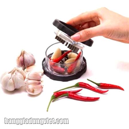 dụng cụ xay tỏi ớt cầm tay tiện dụng
